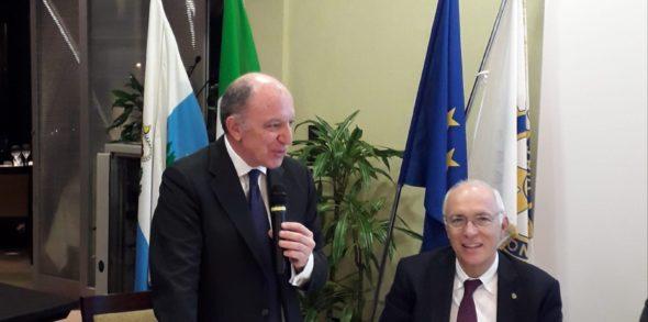 Il mondo di oggi: dialogo con un diplomatico italiano partito da Reggio Emilia